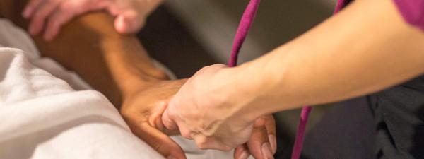 barefoot-massage-hand-massage-tampa-fl
